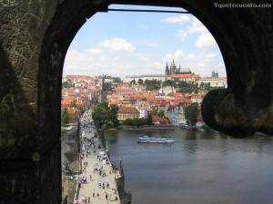 Praga capital de la República Checa y antigua capital del Reino de Bohemia y de Checoslovaquia.